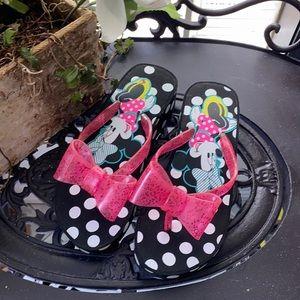 NWOT Minnie Mouse Flip Flop Sandals